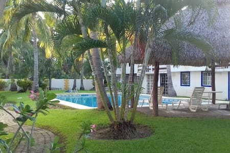 Casa en la zona de Acapulco diamante - Acapulco - Hus