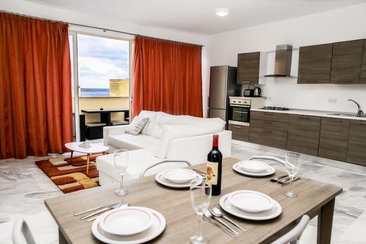 Luxury Penthouse 2 Bedroom No.1 seaview