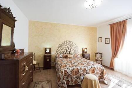 Appartamento Bosco in Casale della Maremma - Montalto Marina - Bed & Breakfast