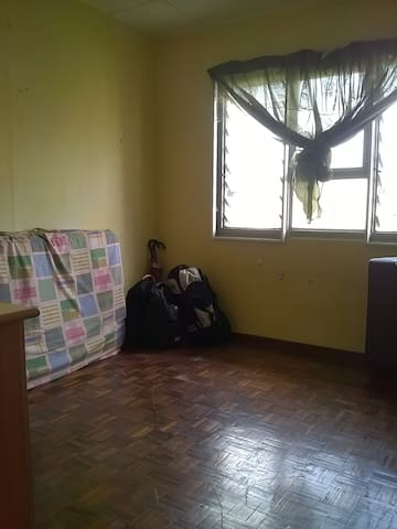 Simple shared room