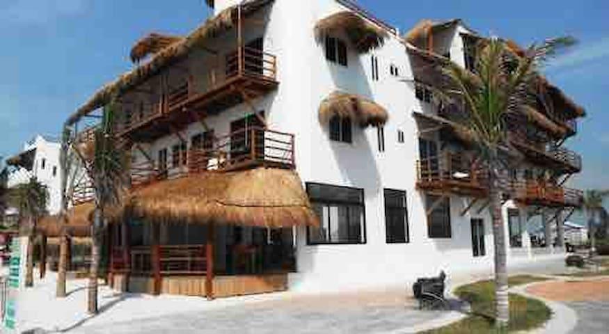 M-Hotel El Fuerte, +50% OFF De frente el mar Nov