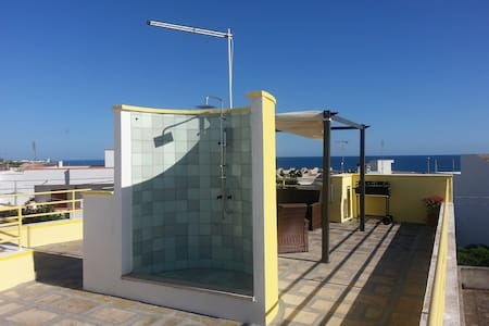 SALENTO three-room flat, 50 mt sea - Torre San Giovanni - Appartement