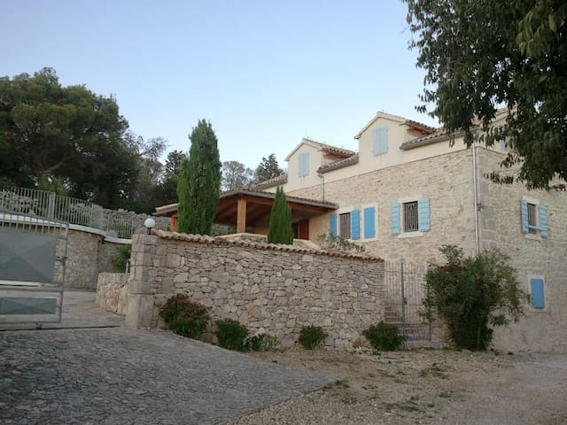 Oasis of privacy in Mediterranian Villa - Pirovac - Casa de camp