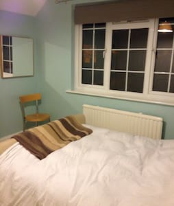 Comfortable, charming double room - Rickmansworth - Ház