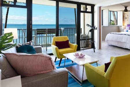 Luxury Beachfront Condo with Amazing Ocean Views