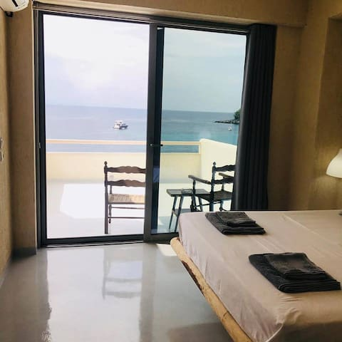 GEO & ART HOTEL - Deluxe Double Room with Sea View