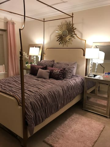 Private downstairs bedroom with queen bed
