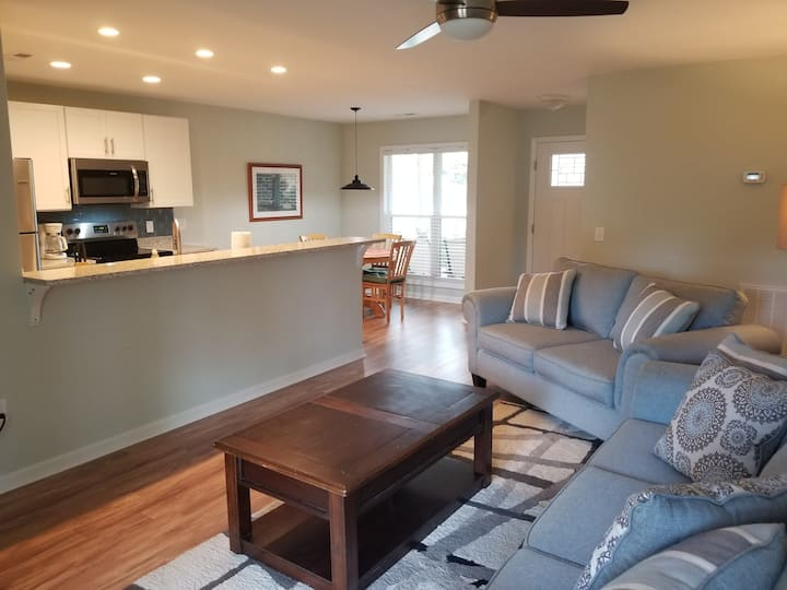 Modern, Clean and Close on James Island