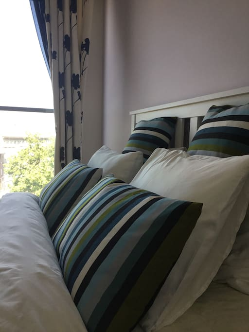 Bedroom 2 - double with views over park