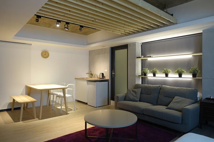 [basement] 3mins to MRT科技大樓站 - Taipei City - Appartement