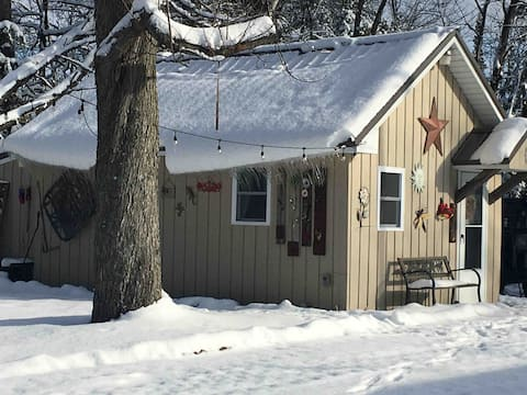 Cabin for your northern Michigan adventures