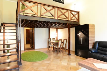 Select City Center Apartments - Mezzanine Studio - Brașov