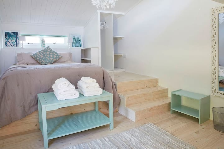 Lovely bright and modern beach studio - Kaapstad - Appartement
