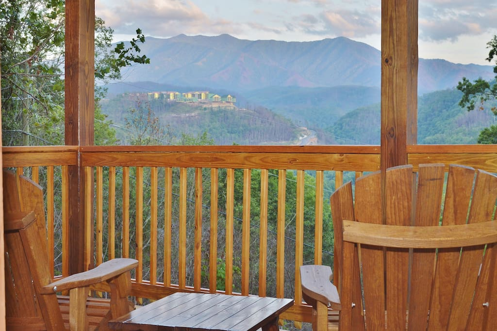Breathtaking Mt Le Conte views at sunset