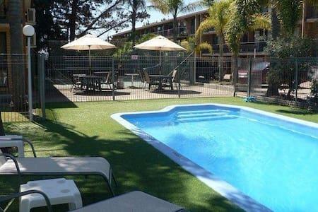 """Aquarius Holiday Apartments"" Corrigans Beach - Batehaven"