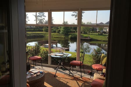 Coastal Home - Wilmington beaches and golf!