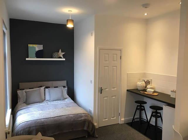 Townhouse @ Allen Street Stoke - Double Ensuite