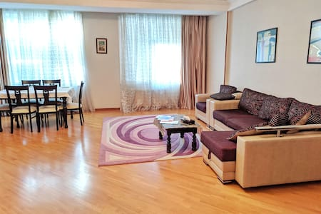 Spacious and modern apartment in the city.