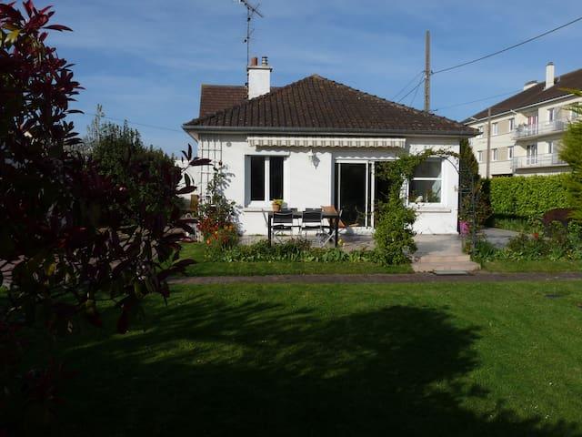 Maison individuelle de plain pied - Ouistreham - Rumah