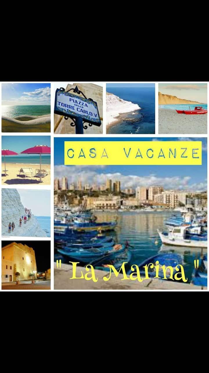 """Casa Vacanze """"La Marina"""""""