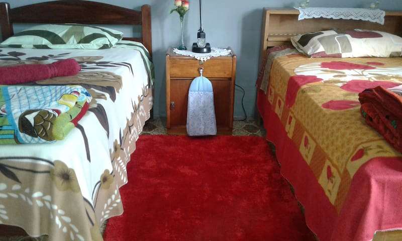 Private Rooms WITH breakfast! - Cochabamba - Bed & Breakfast