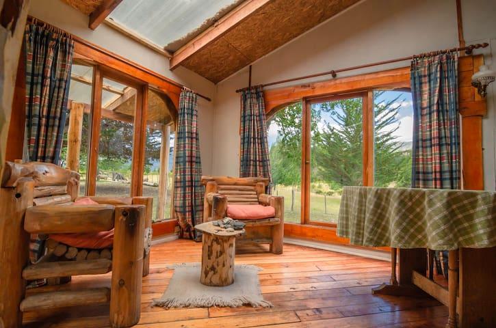 Cabaña en la tranquilidad del lago General Carrera