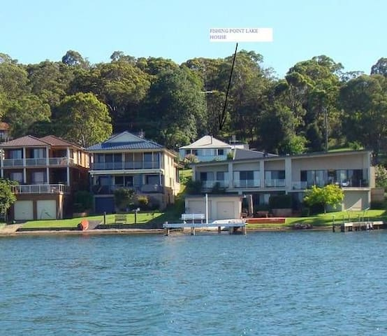 Fishing Point Lake House, Lake Macquarie, NSW