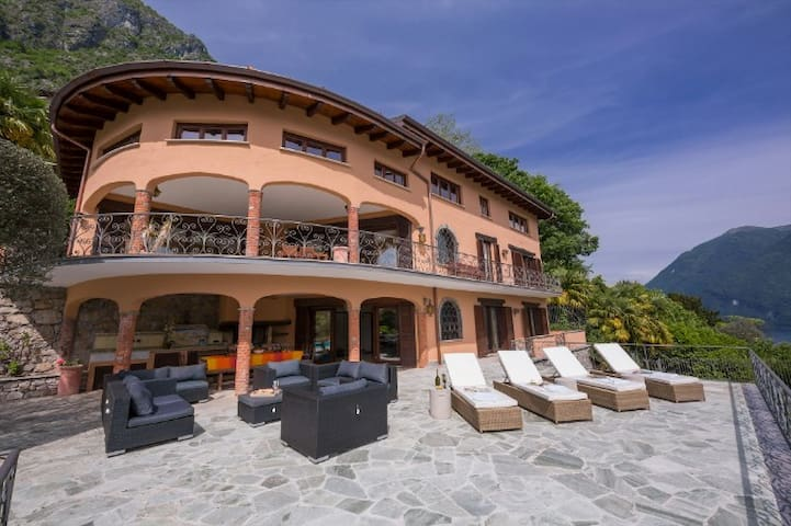 Villa Isola Verde
