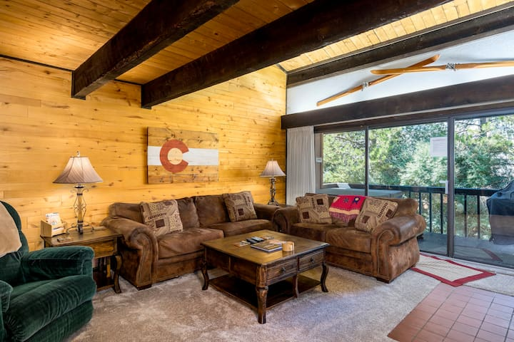 Herbage Townhome (C6) ~ 3 Br's ~ Private Hot Tub