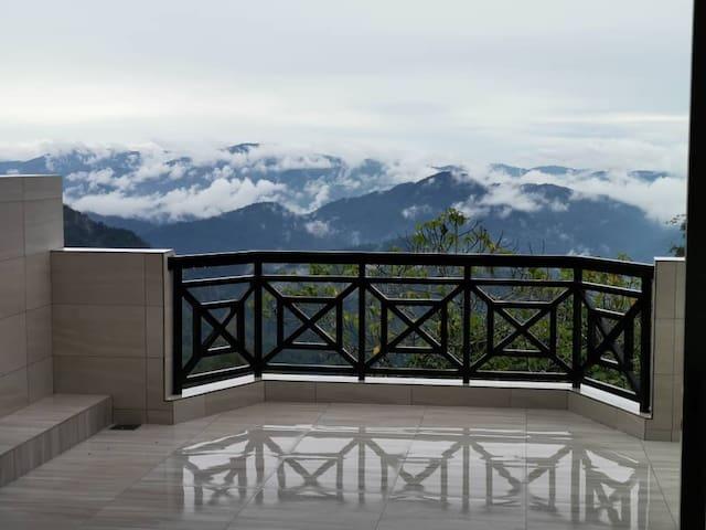 B5 - Fraser Panorama