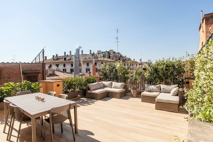 Spanish Steps Luxury Penthouse Terrace Jacuzzi