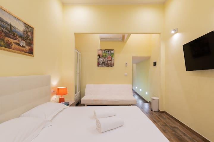 SCALA GARDEN-Deluxe double room