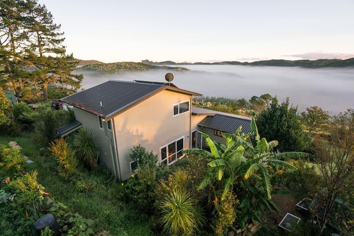 Okura Kapokapowai Sanctuary ensuite Auckland