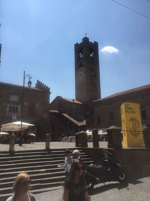 palazzo della Ragione, Campanone
