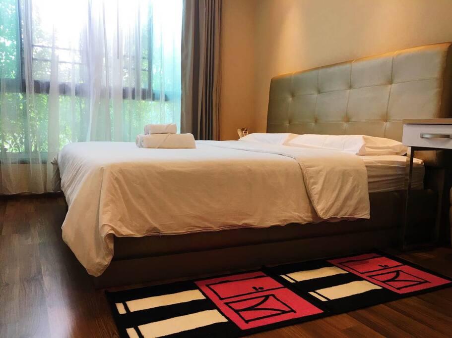 温馨舒适的双人大床 comfortable double bed