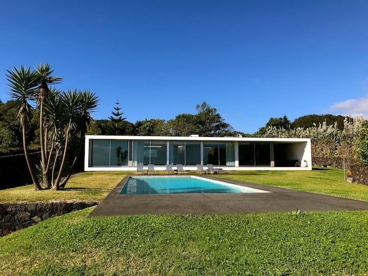 VILLA AZOREA Contemporary design Luxury House