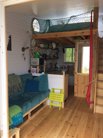 Delightful chalet on Monmouth Beach Lyme Regis