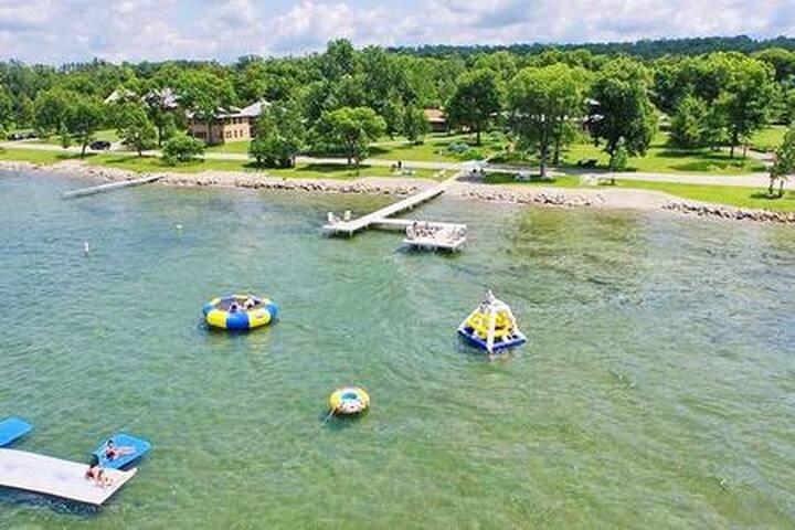 ★Beautiful Lake Resort★ | Classic Hotel-Style |