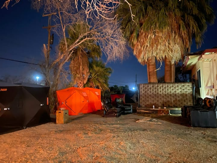 Tenting in Vegas save $$ 420 friendly cool vibe T6