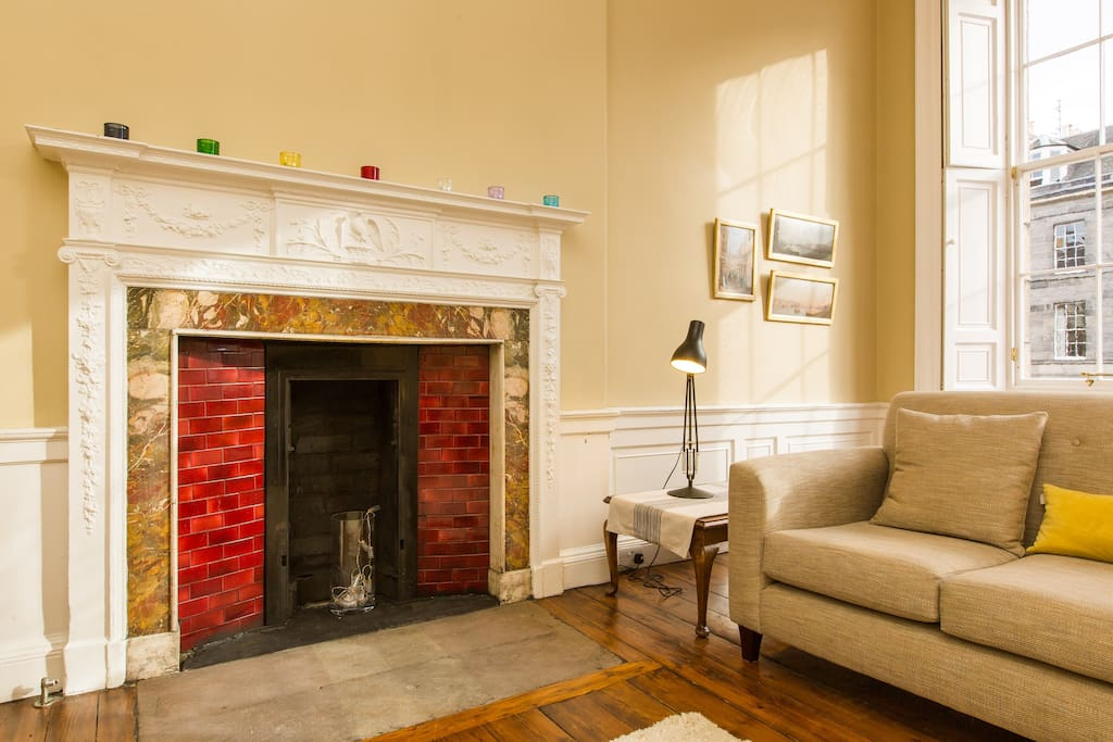 Blend of modern and traditional features