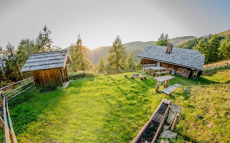 Unterkircher Hütte - Oberwöllan