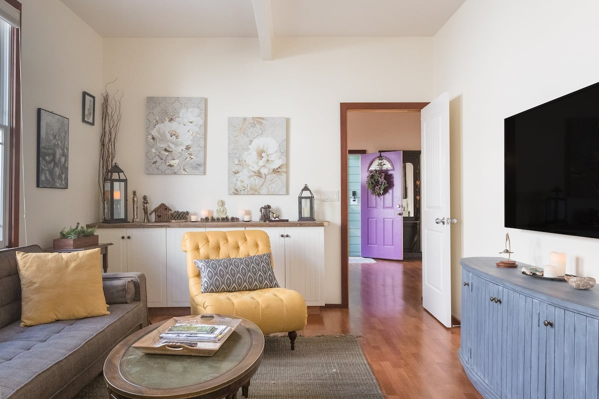 Cozy Pied-a-Terre in Downtown Santa Cruz