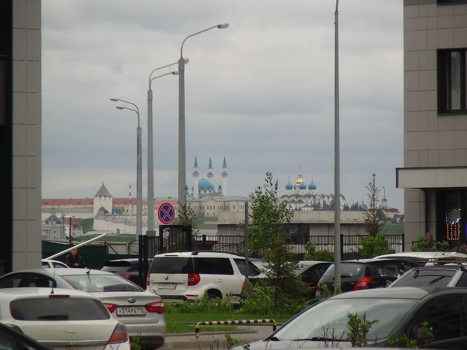 Отличный вид на исторический центр Казани (при этом около 10 минут до стадиона)