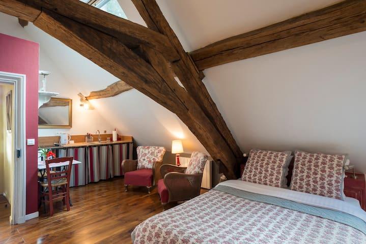 """Petit appartement de charme """"piment - Montagny-lès-Beaune - Wohnung"""