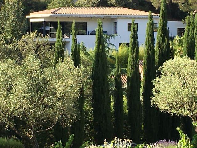 Studio villa architecte 5km Bandol - Le Castellet - Apartamento