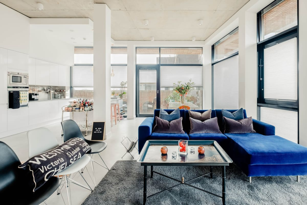 Luxury Penthouse Suite with Heated Rooftop Pool