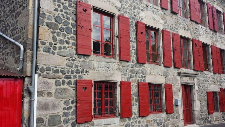 Relais des castors Appt Bellette - Murat - Casa