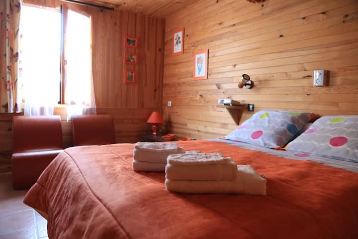 Chambres d'hôtes à Lamourio - chambre mandarine