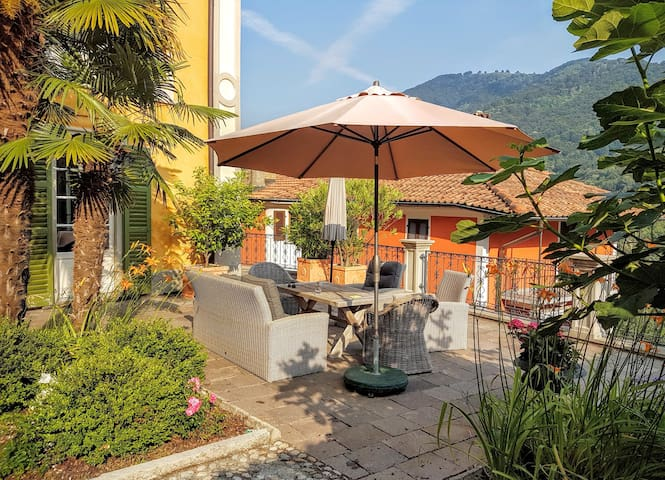 Villa Oleandro, a magic retreat in Southern Ticino - Castel San Pietro