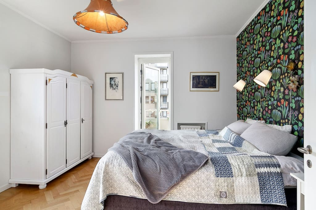 Large bedroom with storage